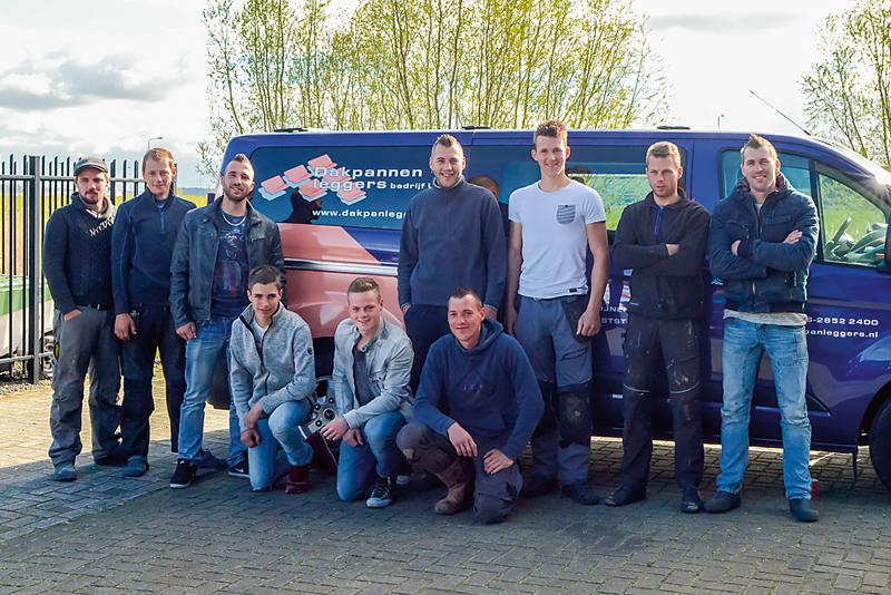 team Dakpanleggers bedrijf Urk